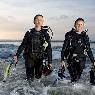 Female Scuba divers, Women in Diving, NZ Sea Adventures, Wellington